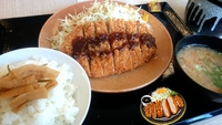 かつや 姫路てがらやま店 ロースカツ定食一丁ヽ(゚Д゚)ノ サクサクや!安いし!うまいよ!鳥谷スタメン外れたって!!