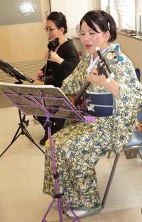 H病院のクリスマス会で演奏させていただきました