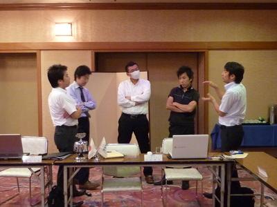 第8回理事会議