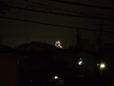 嵐の中の姫路城