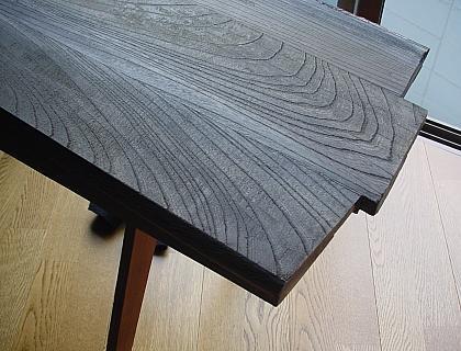 端材のテーブル