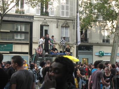 テクノ パレード in Paris