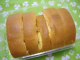 激安!美味ロールケーキ