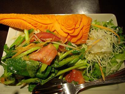 超人気タイ料理店!