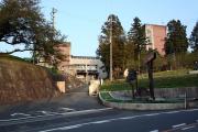 70学級減も、学校統廃合はなし? 兵庫県の公立高校で遠隔授業