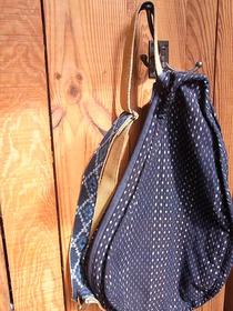 久留米絣の鞄をリバーシブルにアレンジ