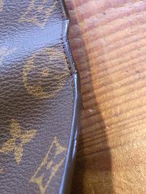 ルイヴィトン モノグラム長財布の破れ補修