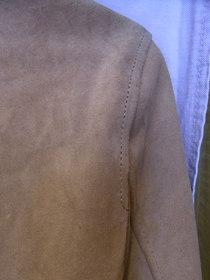 スエード革シャツ型ジャケットの袖丈カット