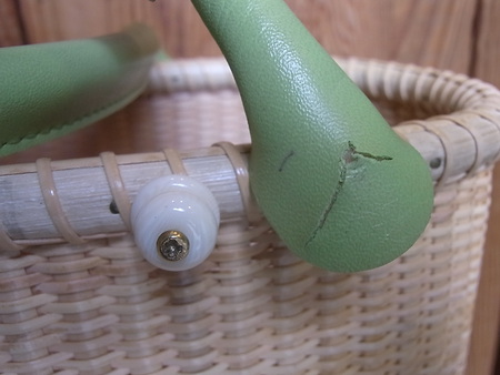 ナンタケットバスケットの持ち手を部分修理