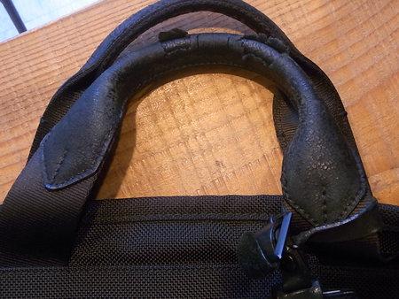 TUMI持ち手革カバー(大)交換