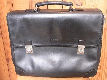 BREE書類鞄、擦り切れ補強修理と持ち手等交換 その1