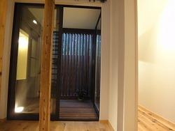 垂水の古民家、方持ち階段