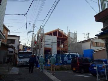 東須磨の家、手上げで作業で上棟!