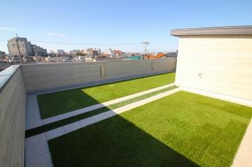 谷八木Ⅲの家、開放的な屋上庭園!