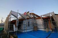 平荘の家 大工工事中で、構造見学会の開催!