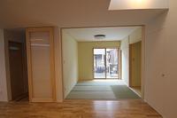 江井島Ⅲの家、用途に合わせ部屋を仕切る