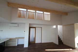 長坂寺の家、デッキで楽しむライフスタイル