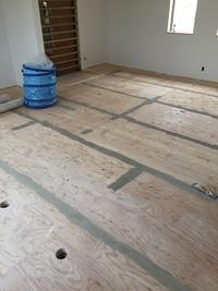 テンポの床工事
