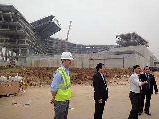 ベトナム不動産王の会社訪問