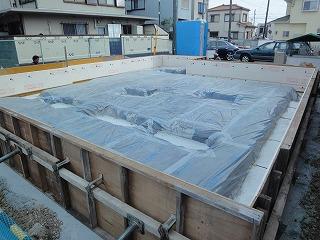 「福里の家」シロアリ対策の基礎工事中