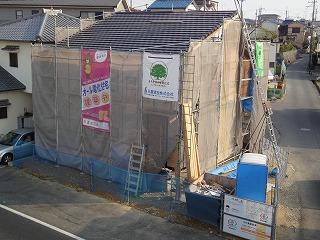 谷八木の家、平板瓦葺き