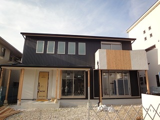 姫路豊富の家、外装完成