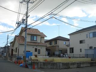 「バイクと薪ストーブが似合う家」上棟