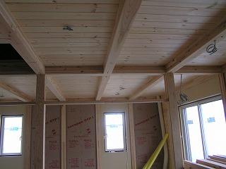 床・壁・天井、無垢の木仕上げ