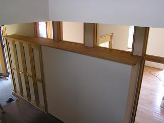 階段ホールが明るい訳?