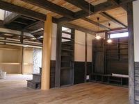 丸太大黒柱のある「松江の家」完成