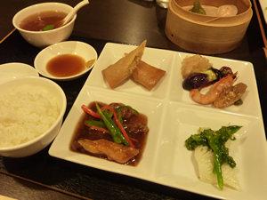 中国料理 紅鶴