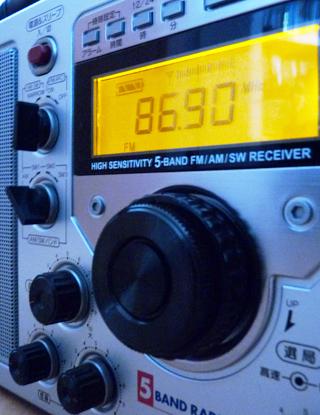 BCLラジオを買いました☆