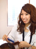 村阪由美子