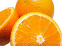 「オレンジは幸福を招き入れるフルーツ。」