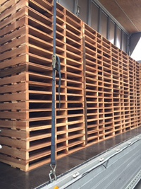 木製パレットです…物流資材  その1