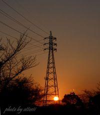 鉄塔に落日