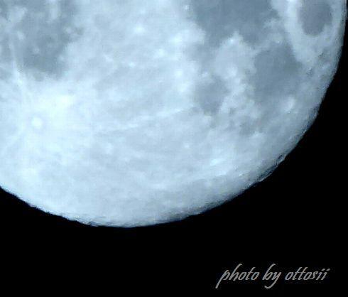 今年三度目の満月