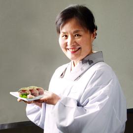 高級元祖黒米鯖寿司 「紫絵巻」