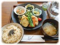 玄三庵 玄米&やさい食堂 (10/31:大阪)