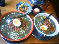 黒胡麻坦々麺☆