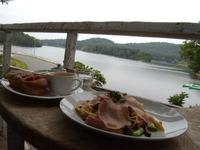 湖畔の森のお庭カフェ Prato Cafe (小野)