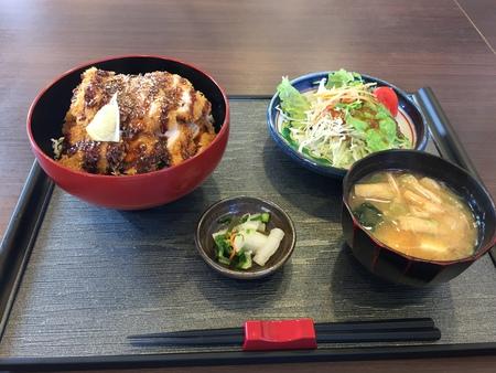 チキンソースかつ丼 ~お食事処 ひえい~
