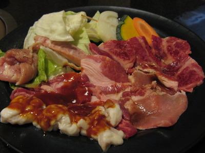 贅沢な焼き肉ランチですが・・・安くてオススメです!