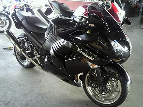 カワサキZZR1400 2007