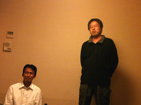 松本ゆういち議員と山本事務長