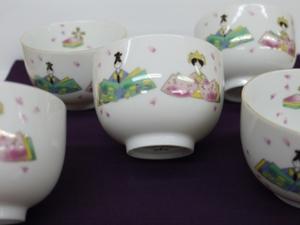 お雛様の抹茶茶碗