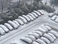 また雪・・・・・