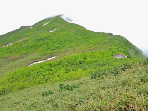 山頂への稜線