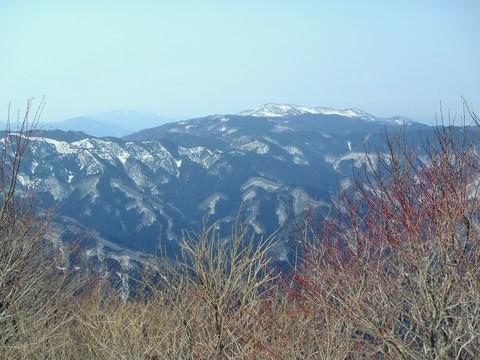 天児屋山とな那岐山