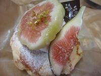 木イチゴのイチジクケーキ